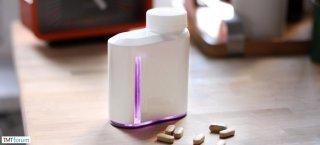 AdhereTech推出智能药瓶,能自动提醒病人按时按量用药