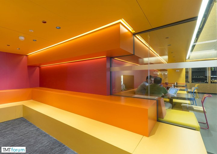 Google-Madrid-by-Jump-Studios_dezeen_ss_5