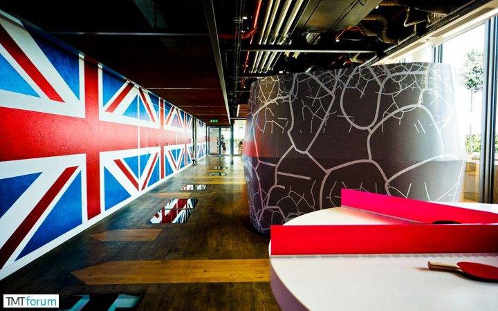 damndigital_office-show_google-office-soho-london_2013-07_08