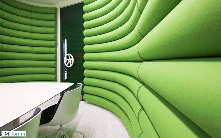 damndigital_office-show_google-office-soho-london_2013-07_03